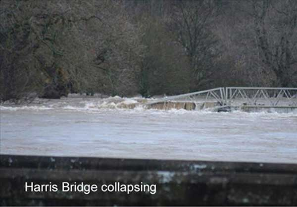 Harris Bridge Collapsing